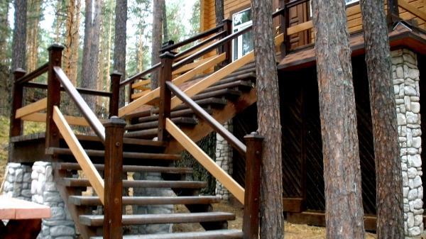 Деревянная лестница - VesCom74
